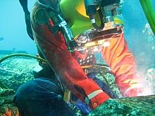 Diver wet welding
