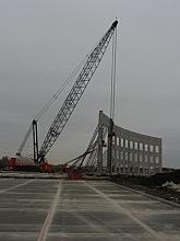 Crane raising tilt wall